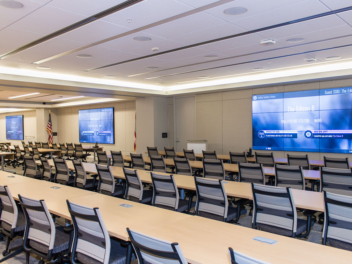 Multi-Divisible-Room-with-Planar-Video-Walls-314 Video Teleconference Systems